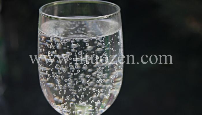 Pratica il rituale del bicchiere d'acqua e rileva le energie negative della casa
